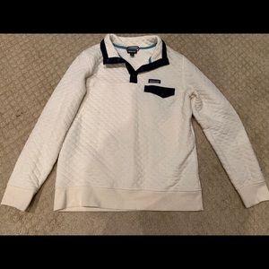 Size Medium Patagonia pullover
